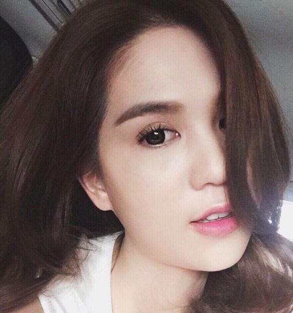 Facebook sao Việt: Hà Tăng tình cảm ôm chặt ông xã 10