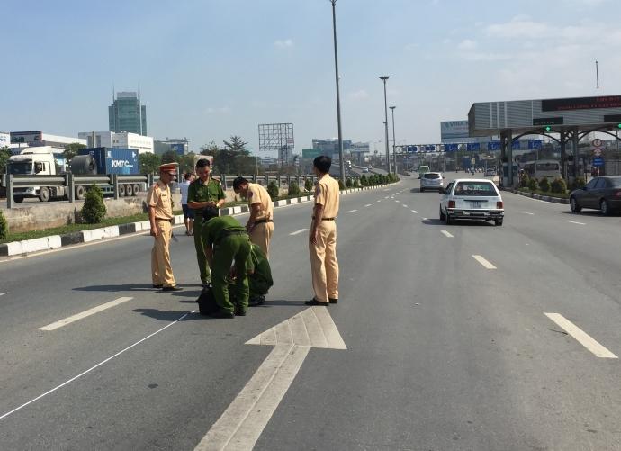 Trộm ôtô đặc chủng của CSGT rồi liên tiếp gây tai nạn 3