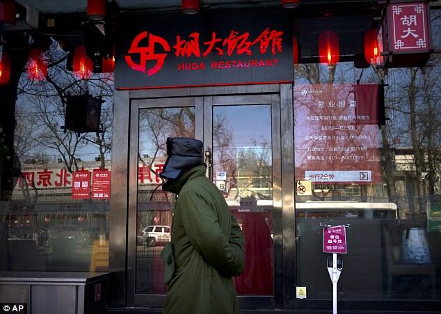 Trung Quốc: Gần 35 nhà hàng sử dụng thuốc phiện trong món ăn 1