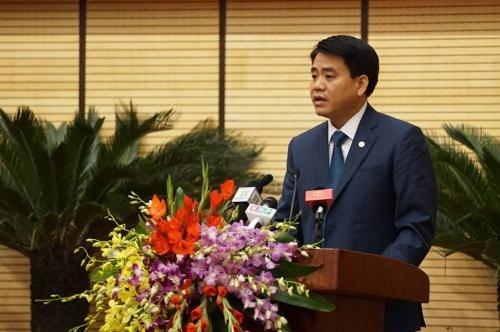 Chủ tịch Hà Nội ra lệnh cấm tặng quà Tết cho