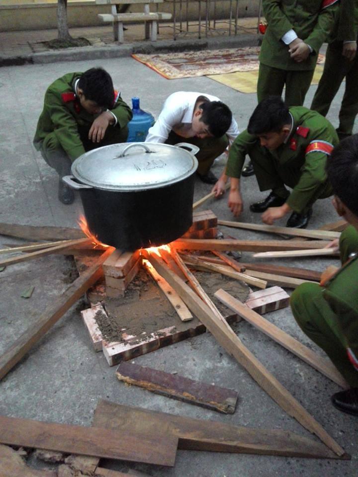 Chùm ảnh: Học viên Cảnh sát Nhân dân đón Tết tại Học viện 7