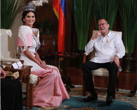 Tân Hoa hậu Hoàn vũ diện kiến tổng thống Philippines sau tin đồn hẹn hò 2