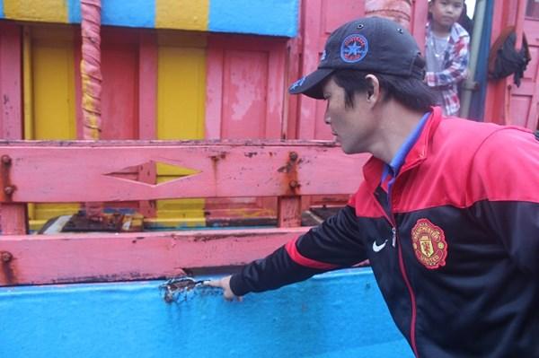 Tuần duyên Đài Loan phun vòi rồng xua tàu cá Việt Nam trên Biển Đông 3