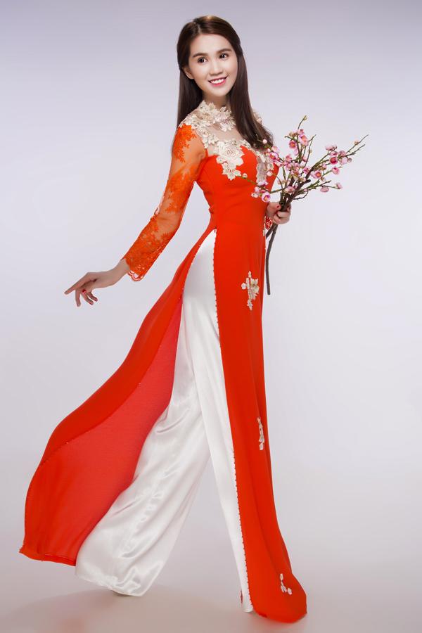 Ngọc Trinh khác lạ trong trang phục áo dài đón Tết 4