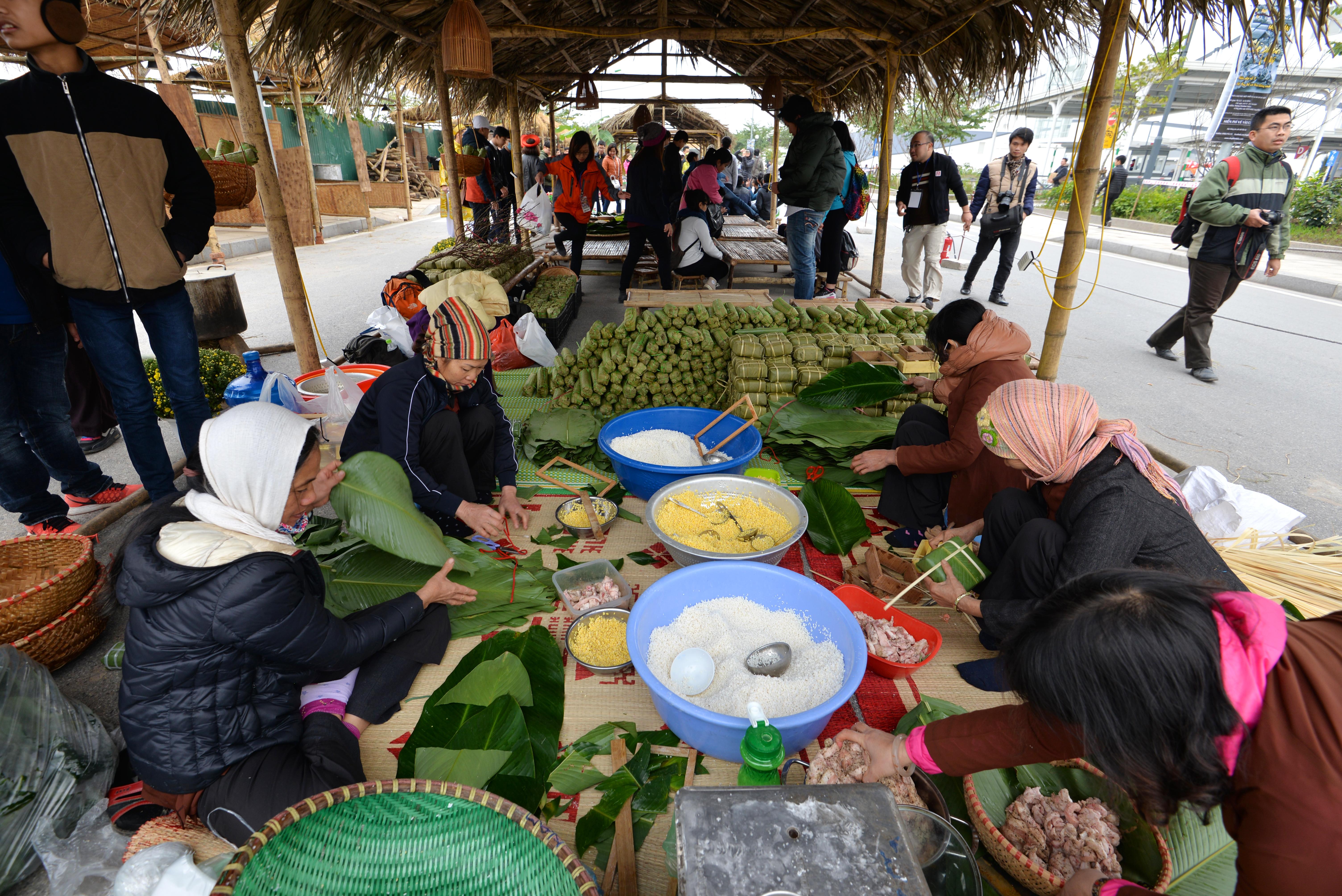 Phiên chợ Tết cổ truyền giữa lòng Thủ đô Hà Nội 5