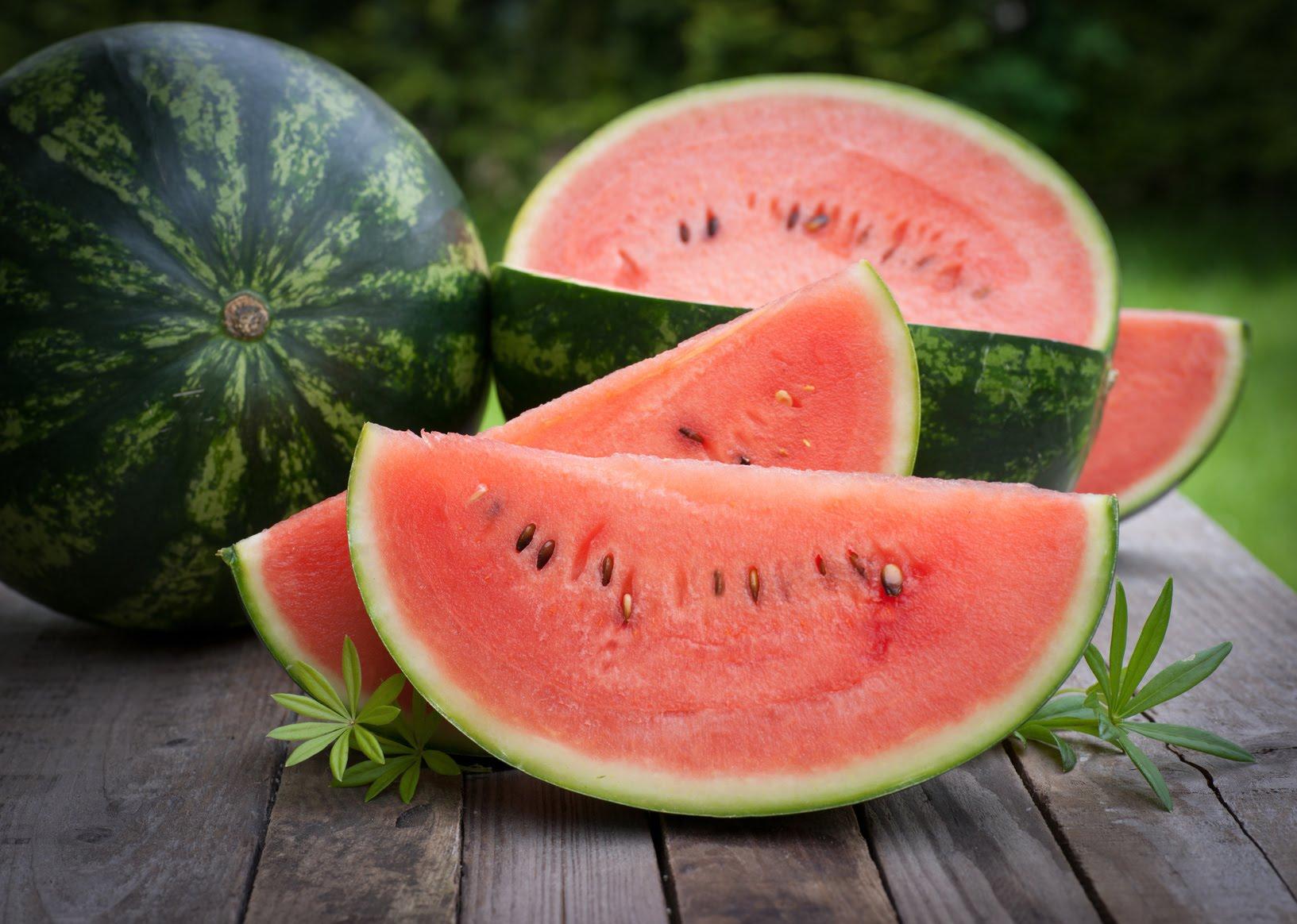 Cách chọn trái cây trưng mâm ngũ quả tươi ngon ngày Tết 2