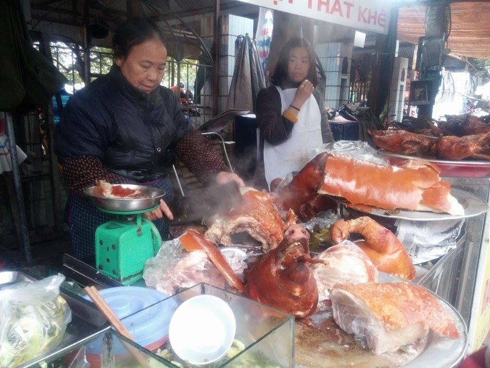 Thịt lợn quay, món ăn thơm ngon trong ngày Tết 10