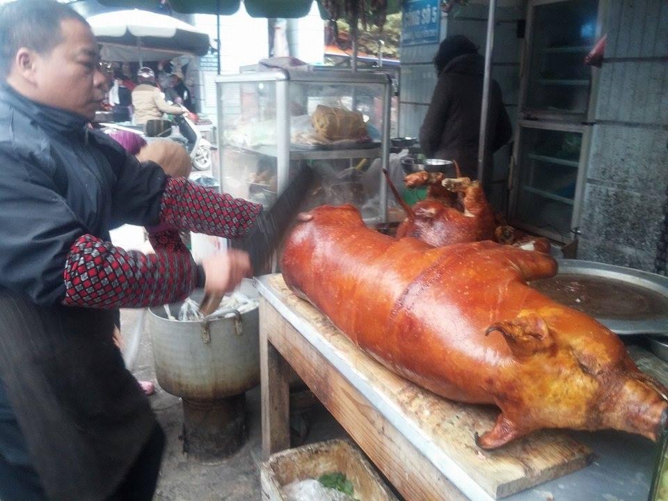 Thịt lợn quay, món ăn thơm ngon trong ngày Tết 4