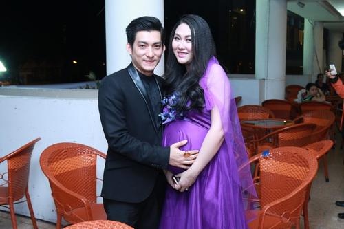 Phi Thanh Vân sinh con trai chiều 28 Tết Bính Thân 1