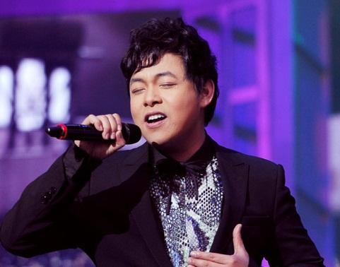 Giải trí - Quang Lê - ca sĩ tuổi Thân nổi tiếng showbiz Việt