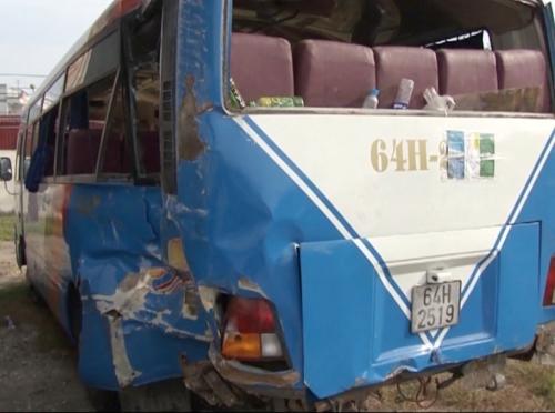 Tai nạn giao thông ngày mùng 5 Tết, 3 người chết, 10 người bị thương 2