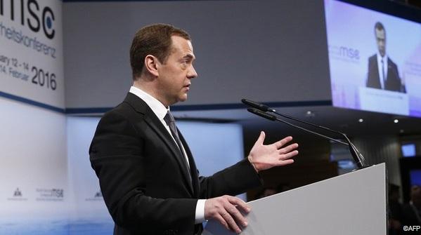"""Medvedev: Thế giới đang sa vào một cuộc """"Chiến tranh Lạnh mới"""" 1"""