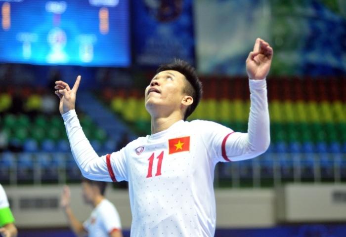Thắng 8-1 Tajikistan, ĐT Futsal Việt Nam giành vé vào tứ kết sớm 1