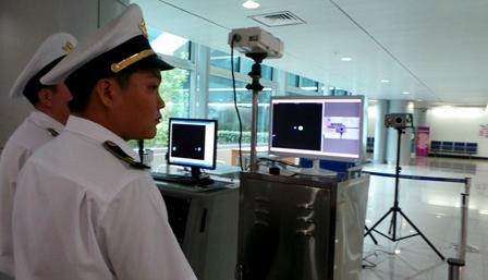 Hành khách Việt bị cách ly do nghi nhiễm Ebola 2