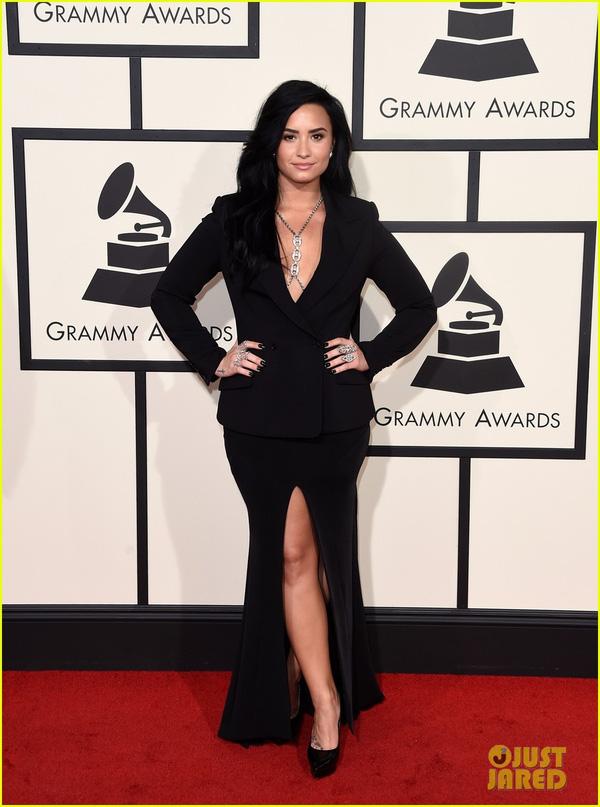 Dàn sao Hollywood lộng lẫy trên thảm đỏ Grammy 2016 10