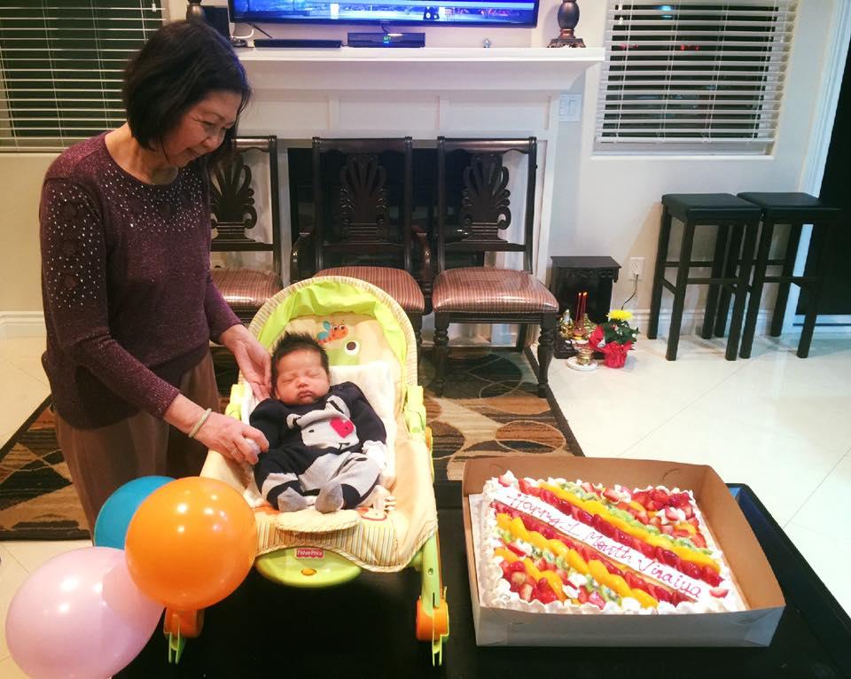Ngọc Quyên hạnh phúc tổ chức lễ đầy tháng cho con trai 4
