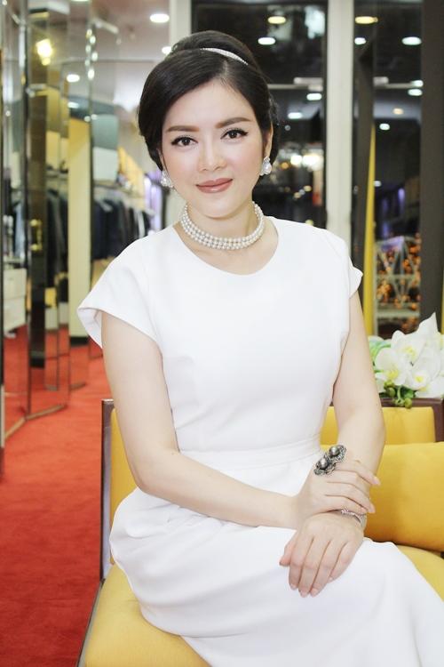 Nữ đại gia buôn kim cương đẹp bậc nhất Việt Nam 9