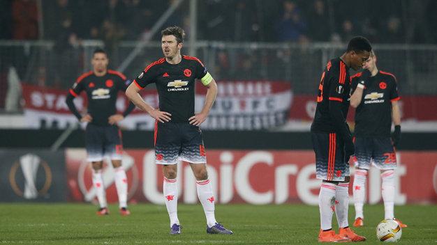 Thua đội bóng hạng 3 Đan Mạnh, Van Gaal đổ lỗi cho chấn thương 1