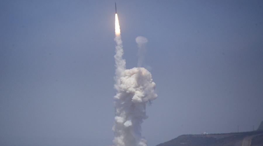 Mỹ thừa nhận không thể tự vệ trước tên tên lửa Triều Tiên, Iran 1