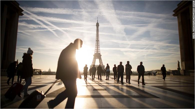 Pháp có thể cho nhân viên quyền lờ email ở nhà 1