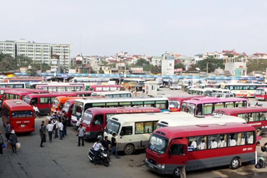 Bộ GTVT: 'Giá xăng dầu giảm nên taxi, xe khách phải giảm giá ngay' 1