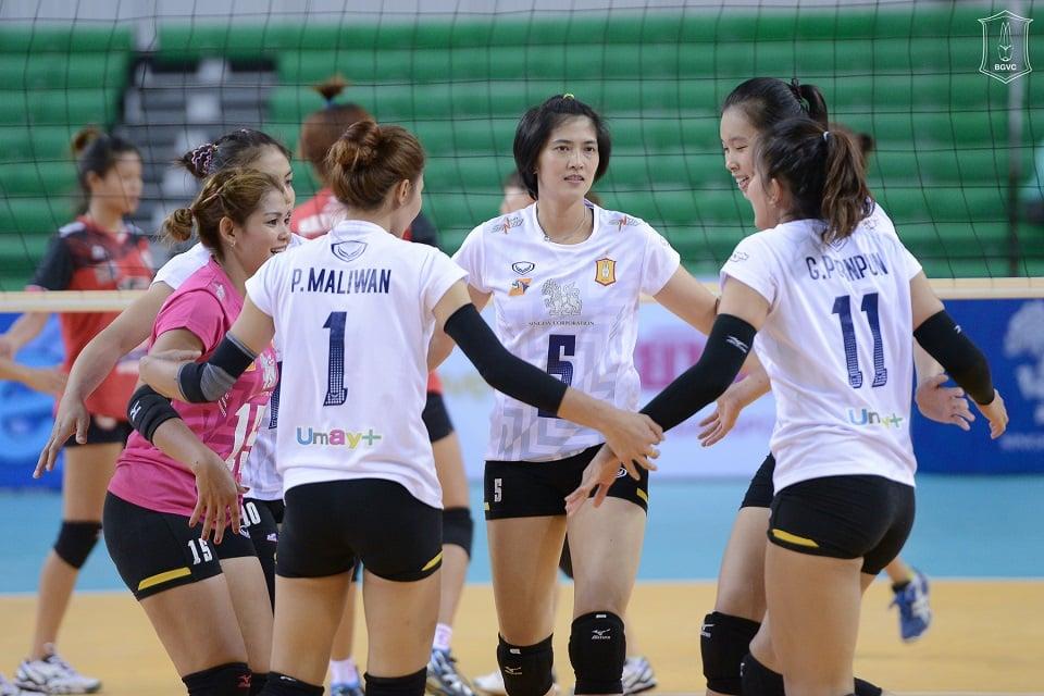 Hình ảnh Nữ VĐV bóng chuyền cao nhất VN gây ấn tượng mạnh ở đội bóng Thái Lan số 2