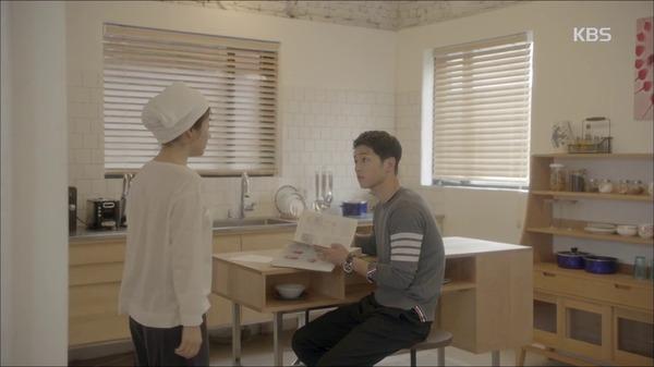 Hậu Duệ Mặt Trời tập 2: Song Joong Ki nói lời tạm biệt Song Hye Kyo sau buổi hẹn hò đầu tiên 4