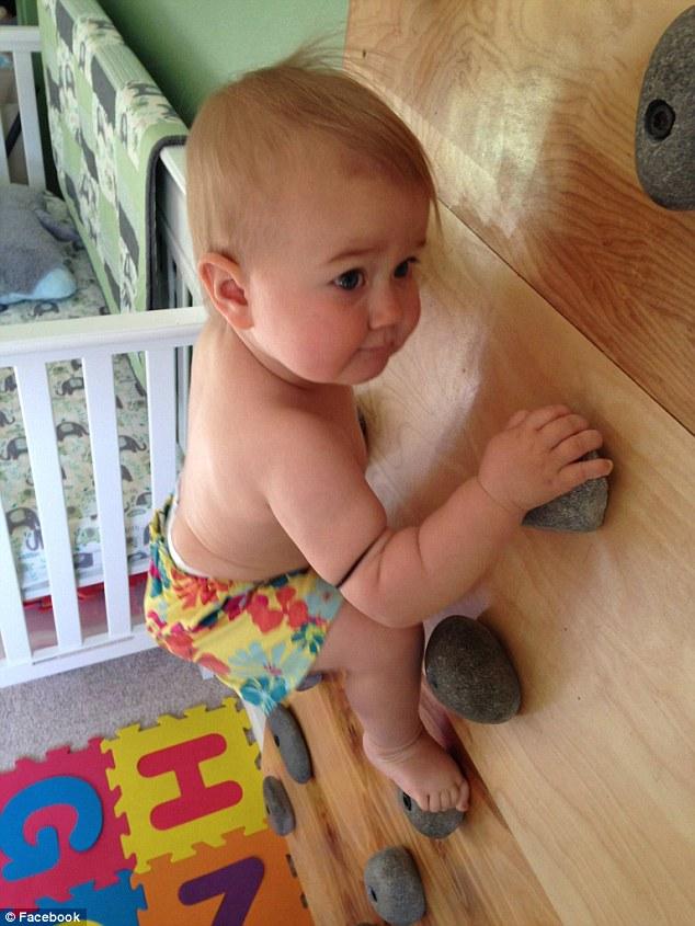 Bé gái biết leo núi từ khi 8 tháng tuổi hút triệu lượt xem 1