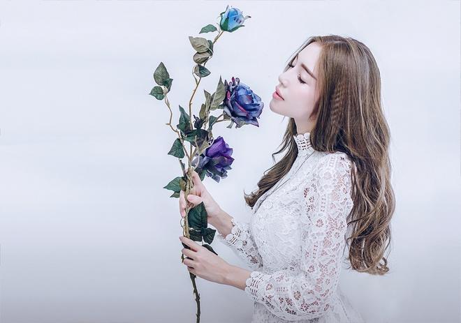 Elly Trần quyết tâm trở lại showbiz với hình ảnh dịu dàng 1