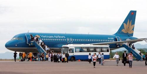 Hãng hàng không trong nước đồng loạt giảm giá vé máy bay 1