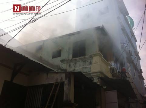 Đà Nẵng: Chập điện, trung tâm gia sư biến thành