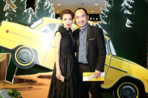 Angela Phương Trinh hóa 'Thanh xà' đi sự kiện 9