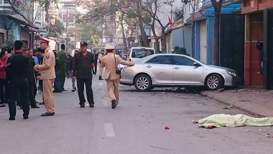 Cô gái trẻ trong xe Camry đâm chết 3 người làm gì lúc xảy ra tai nạn? 1