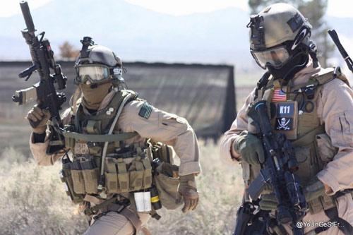 Vừa ra quân, đặc nhiệm Delta Mỹ đã bắt được gián điệp IS 1