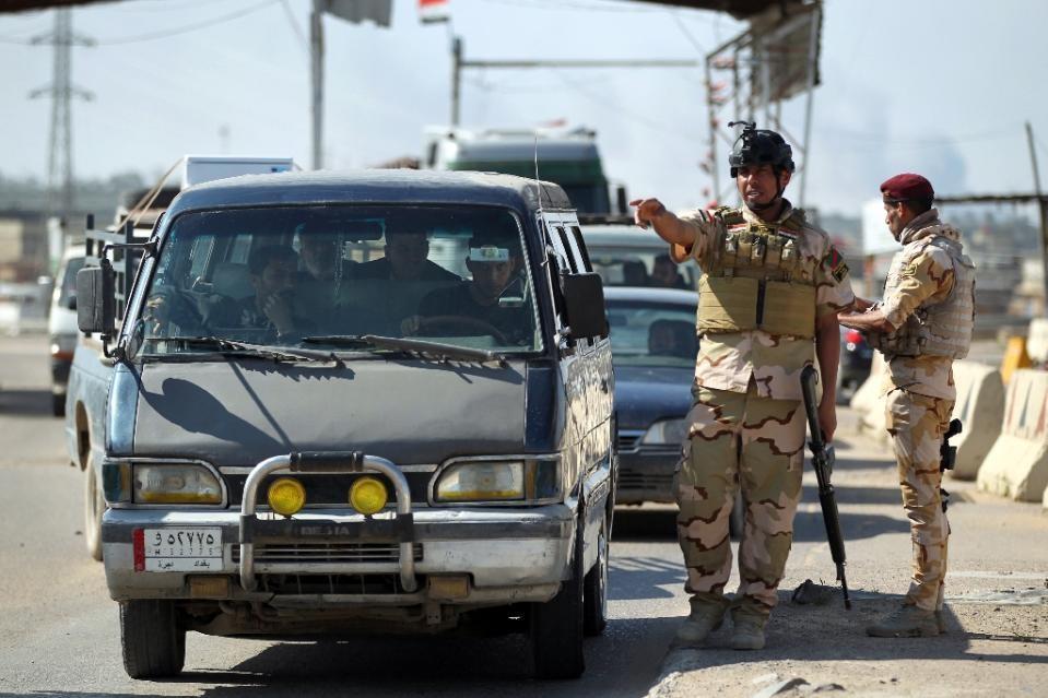 IS đột nhập trụ sở quân đội, sát hại tướng Iraq 1