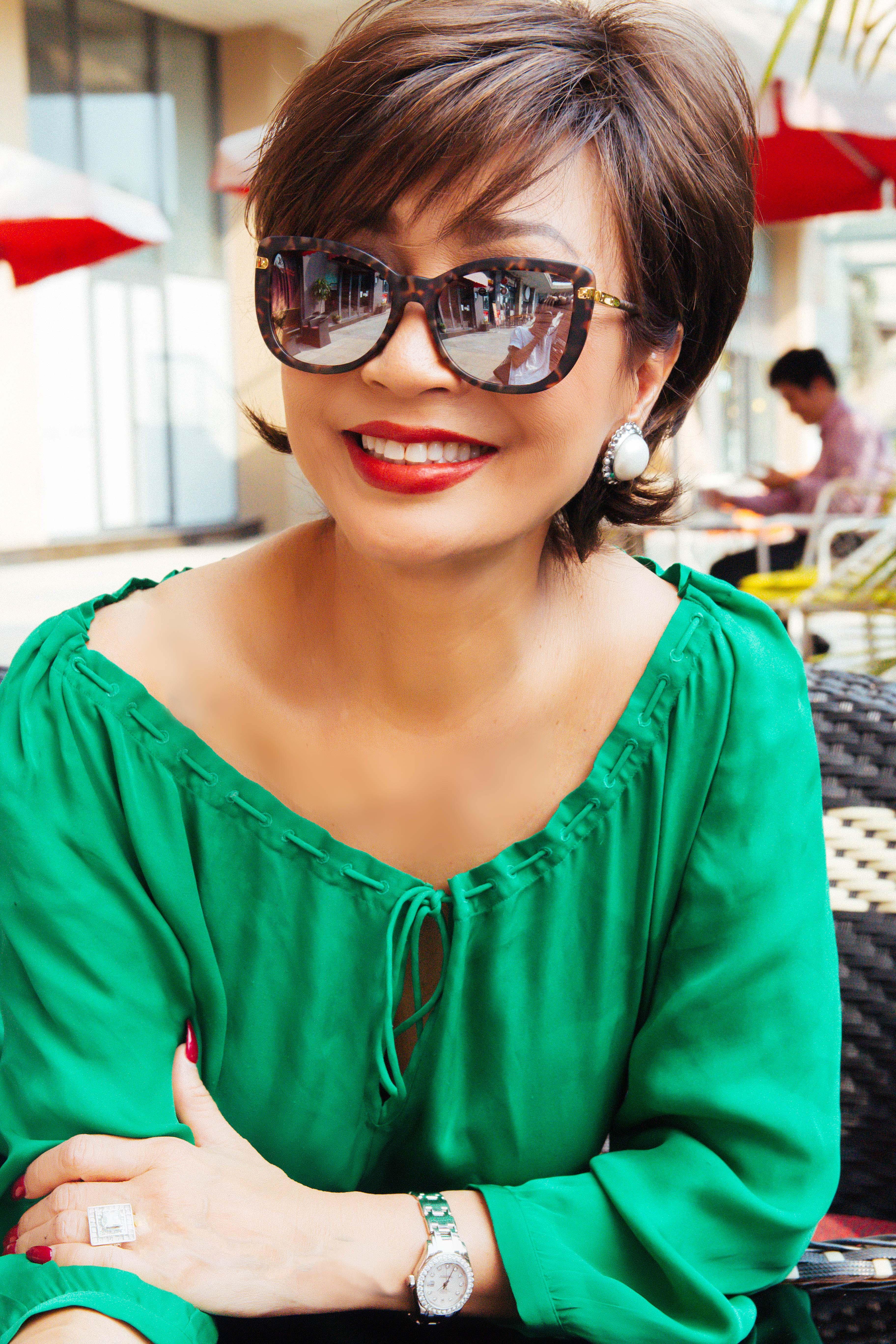 Vẻ đẹp đáng ngưỡng mộ của Diva Khánh Hà ở tuổi 64 3