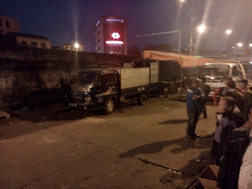 Hiện trường vụ taxi 'điên' đâm hai bà cháu thương vong ở Hà Nội 3