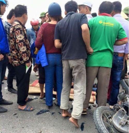 Tình trạng nạn nhân tai nạn giao thông hồi tỉnh sau 30 phút 'đắp chiếu' 1