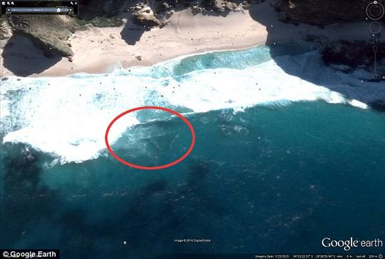 Người săn UFO tuyên bố phát hiện MH370 từ ảnh Google Earth  1