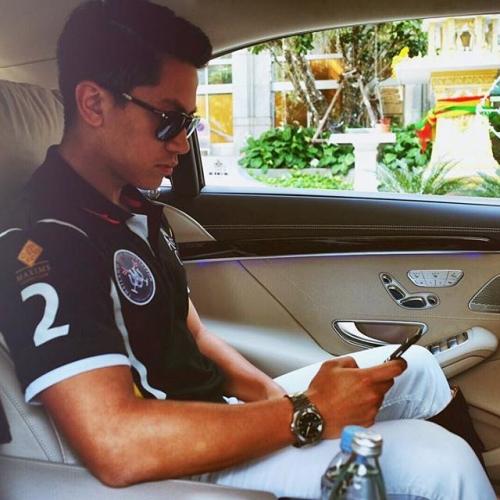 Choáng ngợp với khối tài sản khủng của hoàng tử 'soái ca' Brunei 2