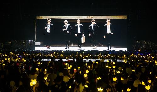 Big Bang cháy hết mình trong đêm nhạc trước khi lên đường nhập ngũ 2
