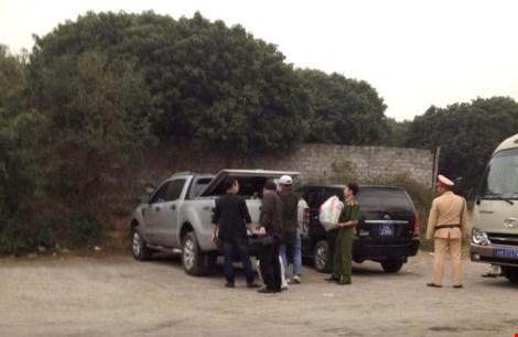 Cảnh sát đi tàu hỏa, bí mật đột kích sới bạc 'khủng' ở Quảng Ninh 2