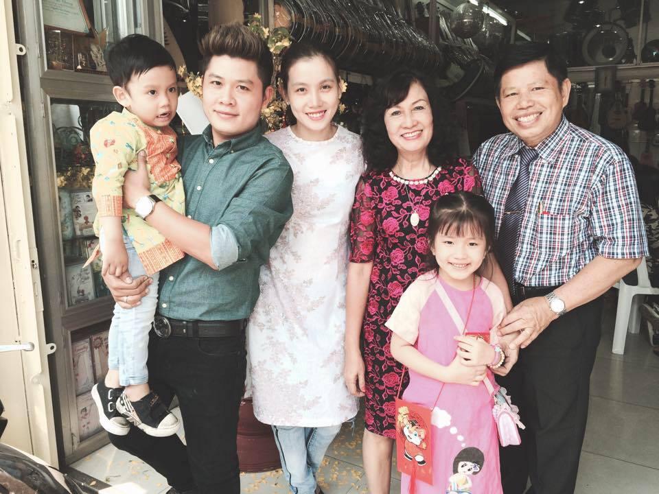 Hình ảnh NS Nguyễn Văn Chung: Không ai hát Nhật ký của mẹ vượt qua Hiền Thục số 3