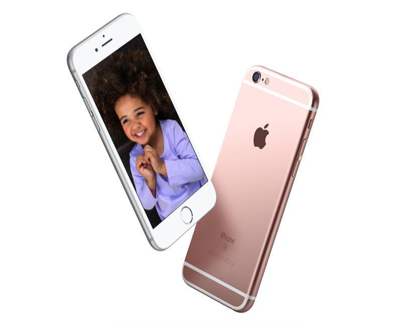 Bố trẻ Trung Quốc bán con để mua iPhone 1
