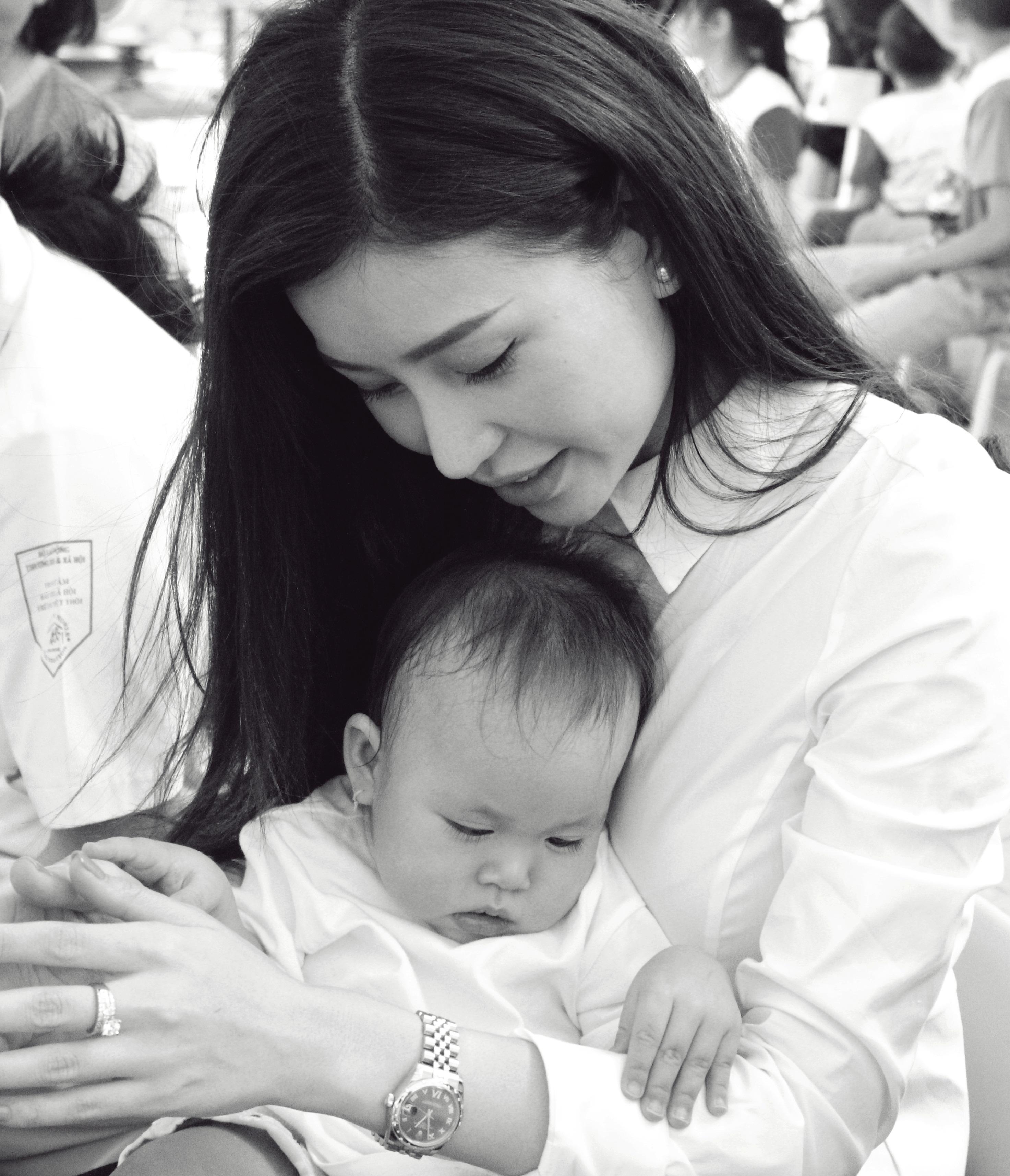 Hoa hậu Doanh nhân Thế Giới người Việt tham gia từ thiện 6