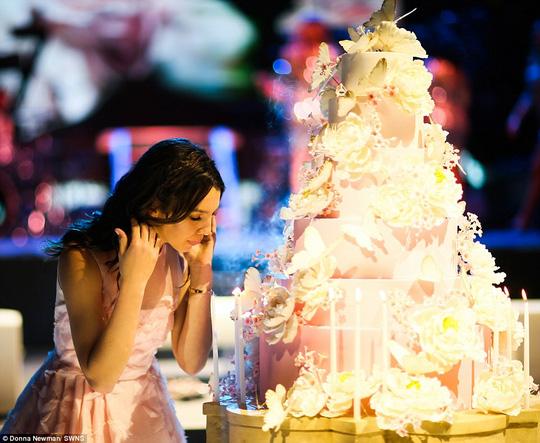Ông bố của năm: Mạnh tay chi 6 triệu USD tổ chức sinh nhật cho con gái 1