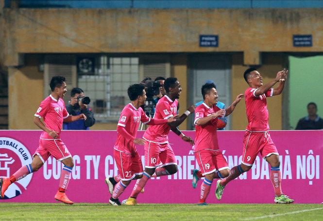 Kết quả vòng 4 V-League 2016: Đồng Tháp đánh bại HAGL 2