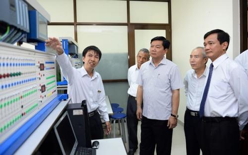 Bí thư Thăng và 'Khát vọng trường đại học Việt lọt TOP 500 thế giới' 2