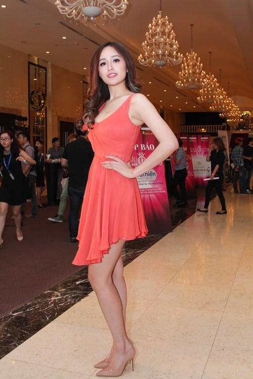 Ngỡ ngàng nhan sắc của Hoa hậu Mai Phương Thúy sau 10 năm đăng quang 5