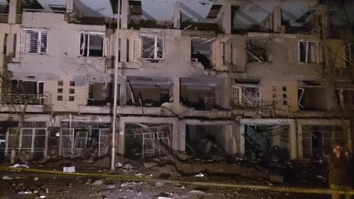 Vụ nổ ở Hà Đông: Gia đình chủ ve chai gào khóc trong đám tang 5